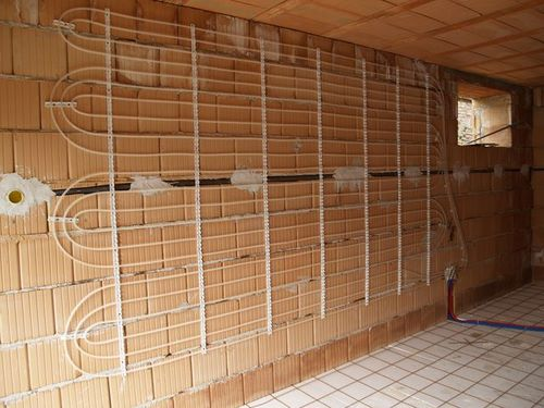 Zidno-grejanje-pomoću-toplotne-pumpe